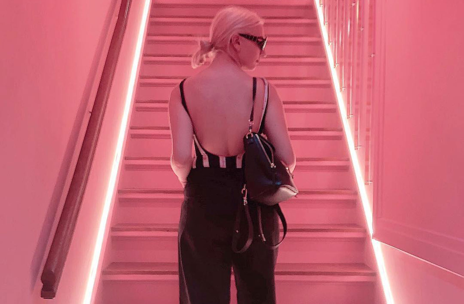 roze instagram spots amsterdam moco museum
