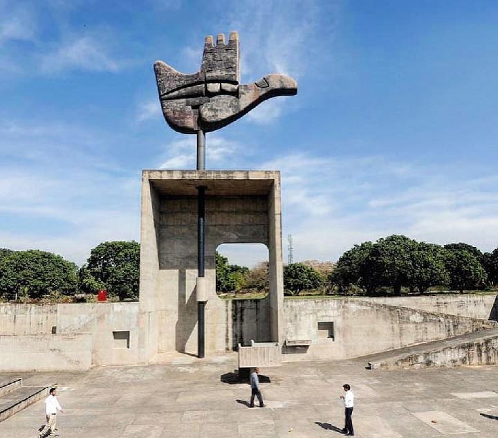 Sculpture-Art-Le-Corbusier