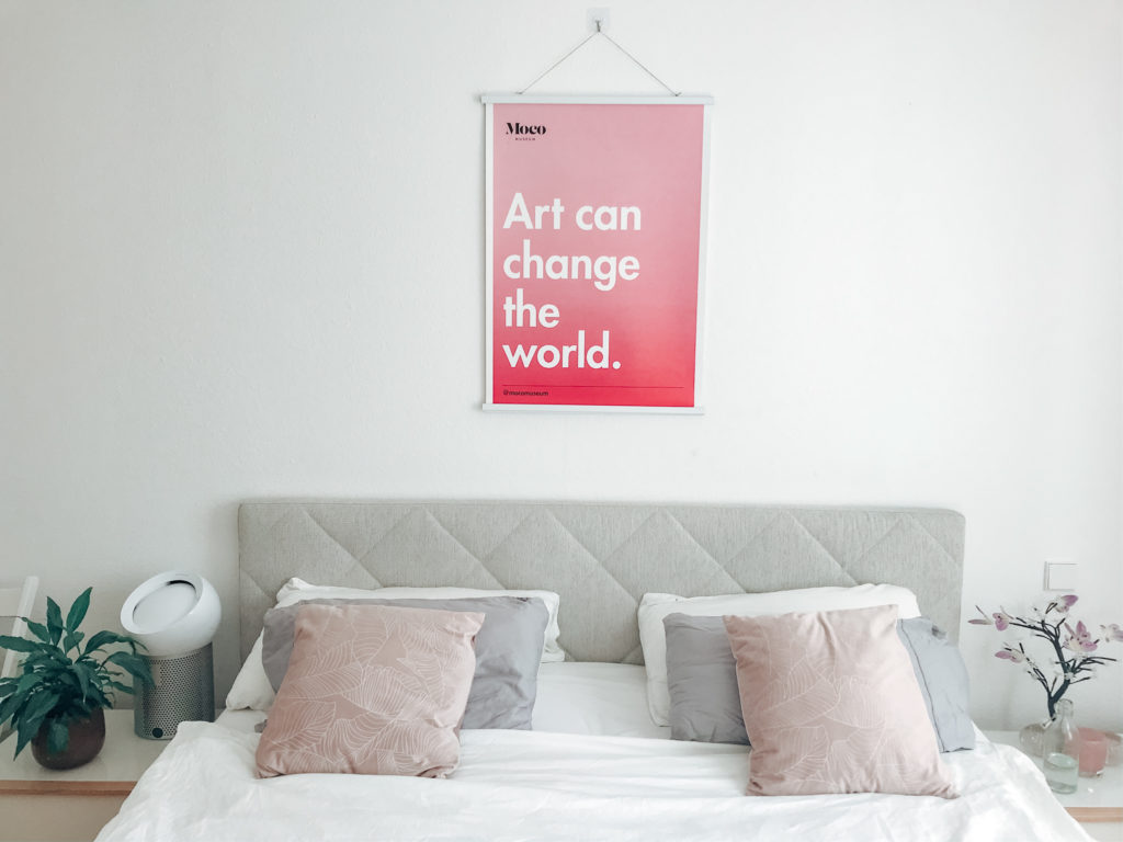 Art can change the world Poster - Moco Museum